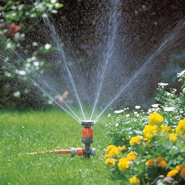 Resultado de imagem para irrigação de jardim