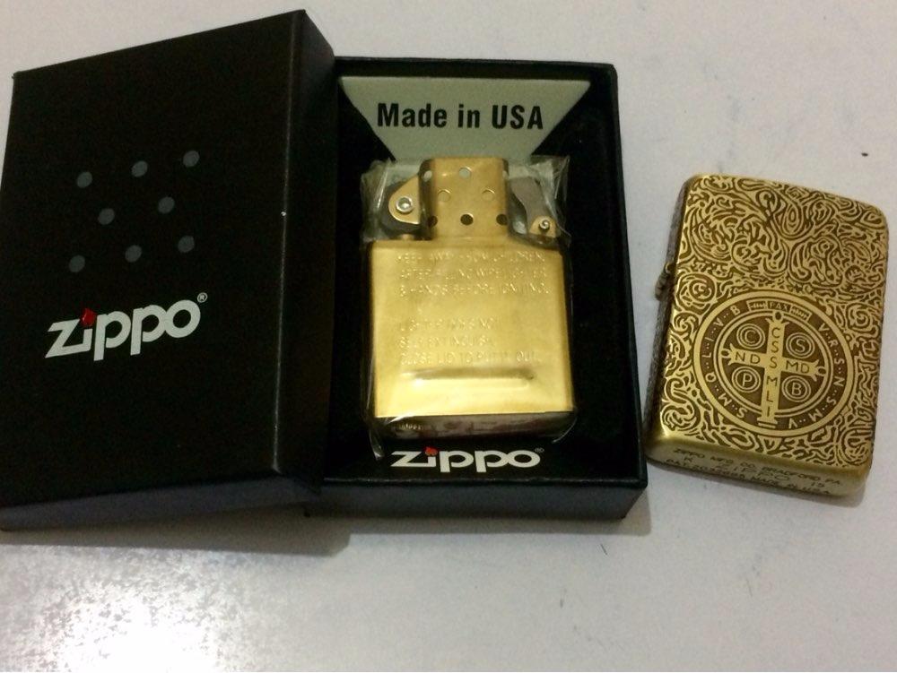 2d09013d142 isqueiro zippo john constantine keanu reeves dourado filme. Carregando zoom.