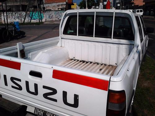 isuzu 3.1 td 4x4 implecable full
