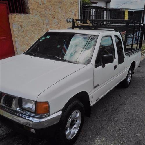 isuzu kb extra cab 4x2---gasolina
