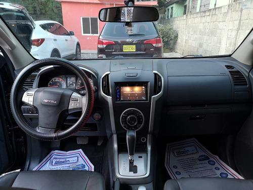 isuzu mux diesel 2016 con 3 filas de asientos