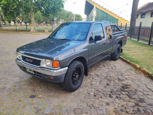 isuzu pick-up 2.5 space cab aa 1996