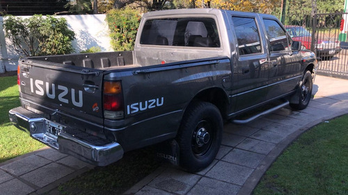 isuzu pick up
