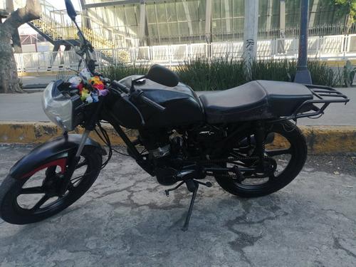 italika 125 negra