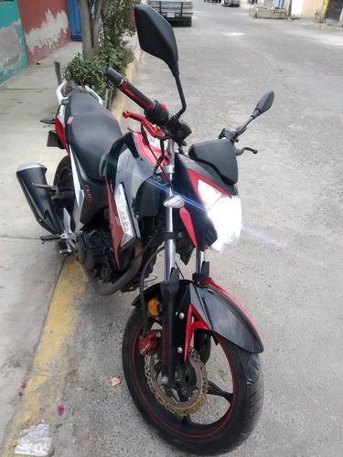 italika 250z año 2016 rojo/negro