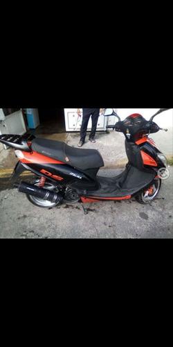 italika x 150 negro con naranja
