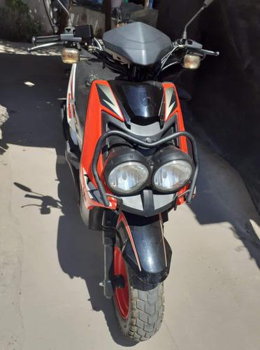 italika150ws naranja con negro