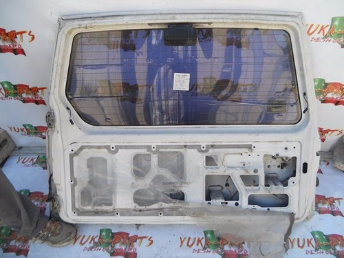 item 1514-14 quinta puerta chevrolet tracker 1998