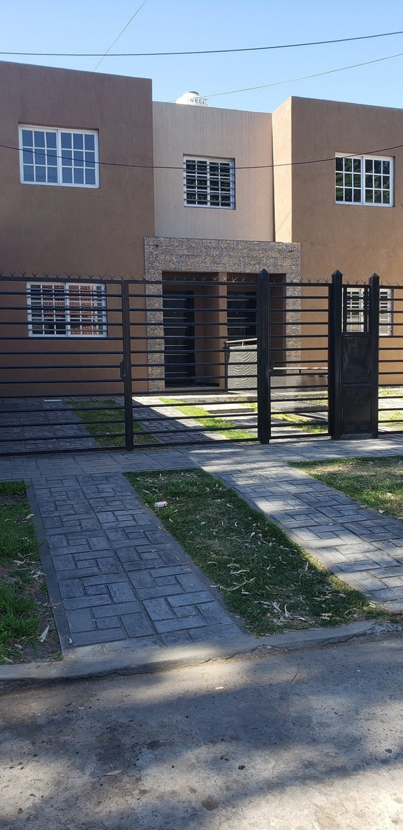 ituzaingo duplex 4 ambientes con parque a estrenar