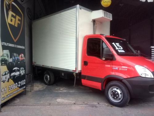 iveco 35&14 caminhonete bau refrigerado ano 15