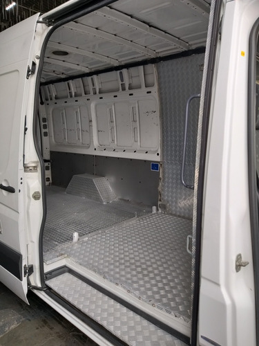 iveco  35s14 furgão longa e teto alto refrigerada