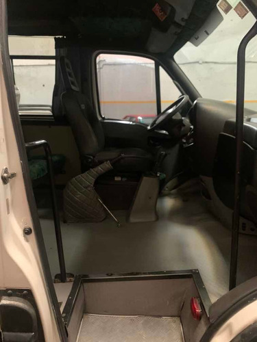 iveco daily 3.0 city bus 50c16 3950 19+1 doble aire 2010