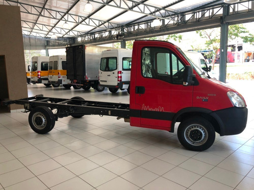 iveco daily 30s13 0km  chassi