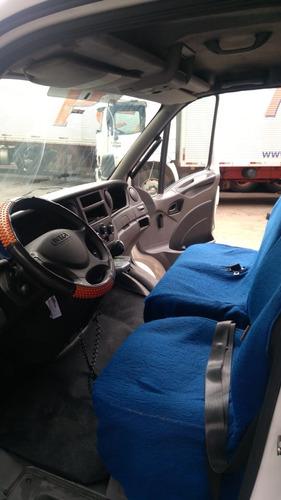 iveco daily 35s14 2013 bau sobre cabine excelente estado