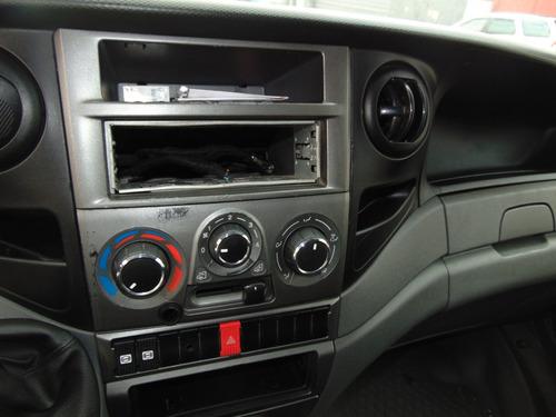 iveco daily 35s14 2013/2014 mono turbo ar condicionado