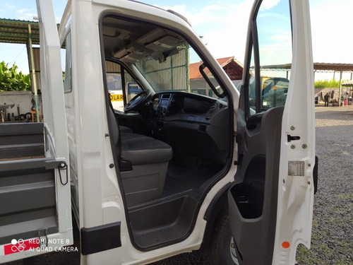iveco - daily - 35s14 - 2014 - carroceria de ferro