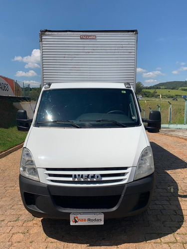 iveco daily 35s14 ano 2010