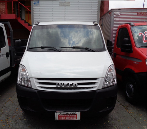 iveco daily 35s14 - bau - ano 2010