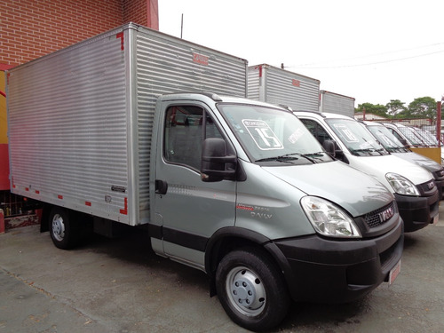 iveco daily 35s14 -bau -ano 2015