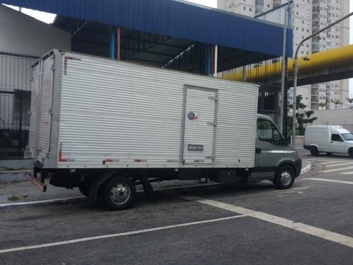 iveco daily 35s14 caminhonete ano 11 bau novissima
