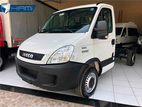 iveco daily 35s14 chassi cabine motor 2.3 diesel 2019 b