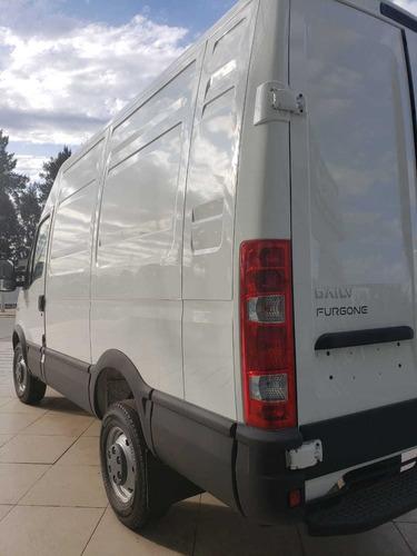 iveco daily 35s15 furgón corto cyti 2.3  8m cúbicos dp