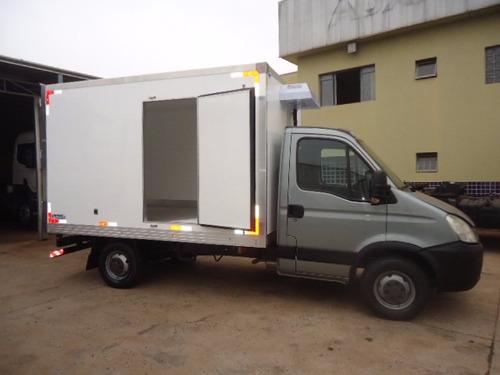 iveco daily 45s14 2011 baú frigorífico 0 km itália caminhões