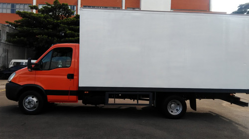 iveco daily 70 s 16 baú ano 2009