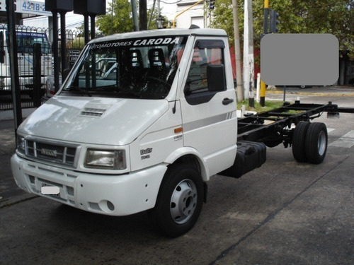 iveco daily  7012 chasis largo