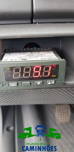 iveco daily 70c17  com 82 mil km   câmera fria !!