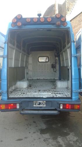 iveco daily año 2005 furgon, chasis y minibus