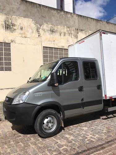 iveco daily cabine dupla 2014 - baú