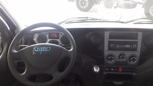 iveco daily camiones