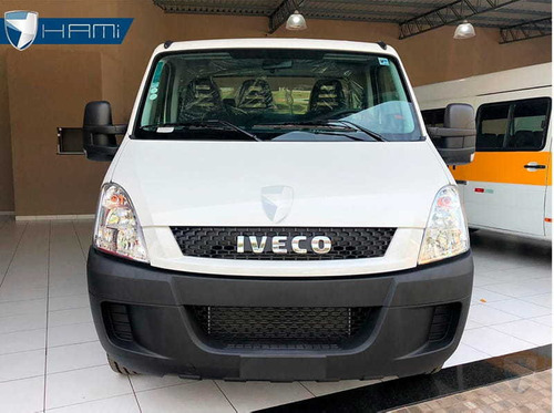 iveco daily city 30s13 chassi cabine baú