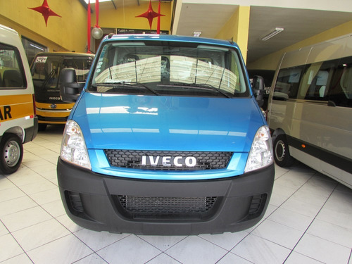iveco daily city chassi azul 30s13 0km