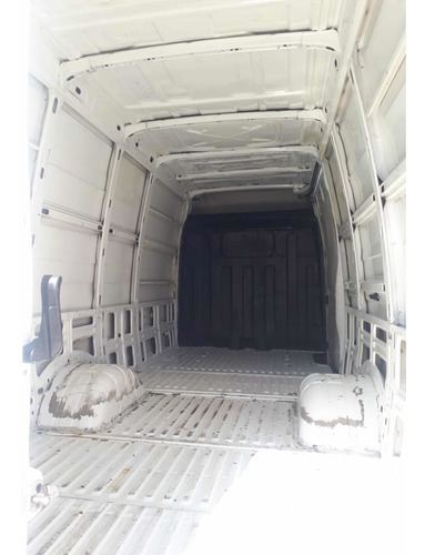 iveco daily furgon 2013