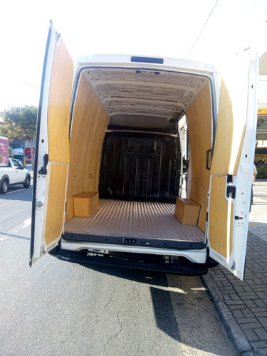 iveco gran furgone 2018 com ar condicionado