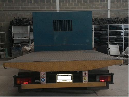 iveco, modelo: 40.12, de plataforma, cauchos nuevos, 65306km