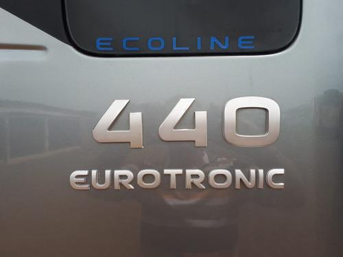 iveco stralis 440 2013 6x2 automático 10 pneus novos