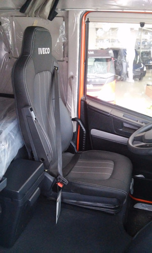 iveco stralis camion