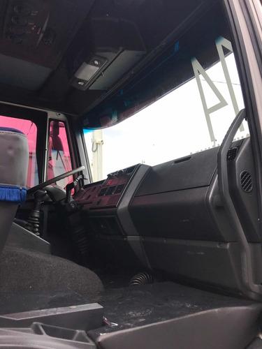 iveco tector 240e22 truck 6x2 carroceria ar condicionado