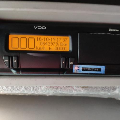 iveco tector 240e25 ano 2010