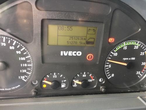 iveco tector 240e25 carroceria 2012
