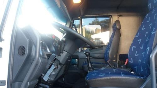 iveco tector 240e25 - carroceria 9m fernando caminhões