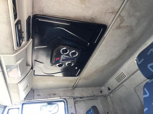 iveco tector 240e25 leito truck carroceria 2012