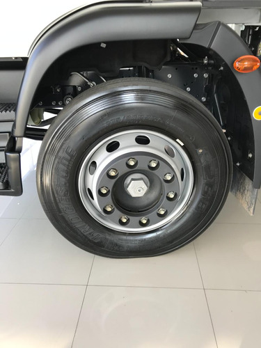 iveco tector premium 170e28 tractor o chasis 0 km