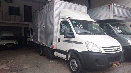 iveco/daily 45s14/ 5.140/ baú ano 2012