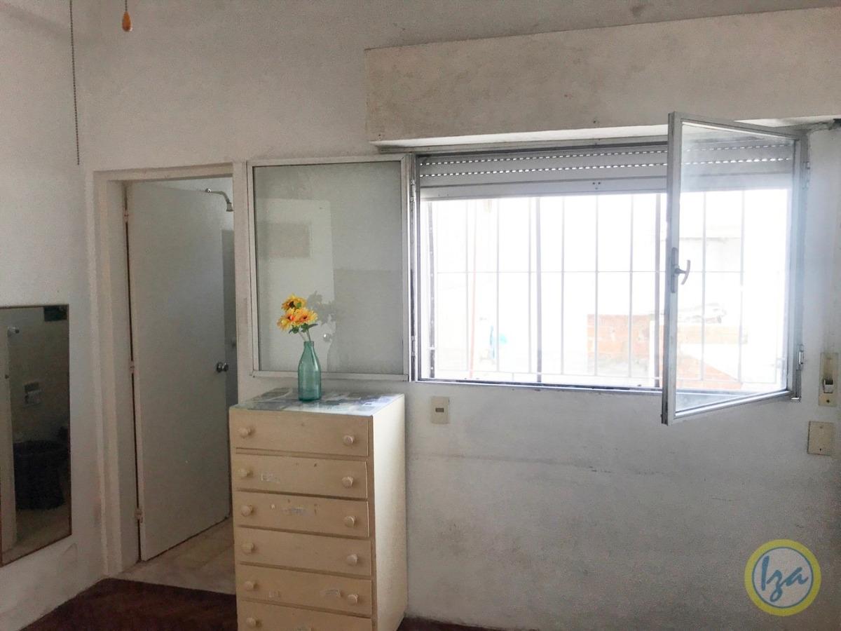 iza. casa en venta en parque batlle 3 dormitorios