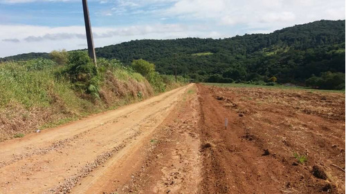 j terreno de 1000 m2 acesso excelente 300 metros do asfalto