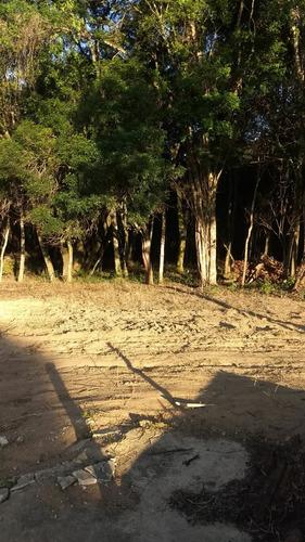 j terreno plano demarcados em ibiuna com 1000m2